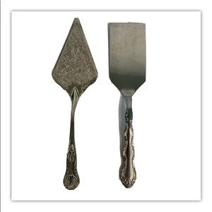 2 piece Service utensils dining stainless silver